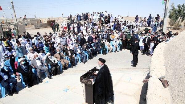 سفر رئیسی به یک روستای مرزی در مرز ایران و افغانستان