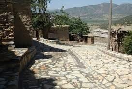 تمام روستاهای دورود آب و برق دارند
