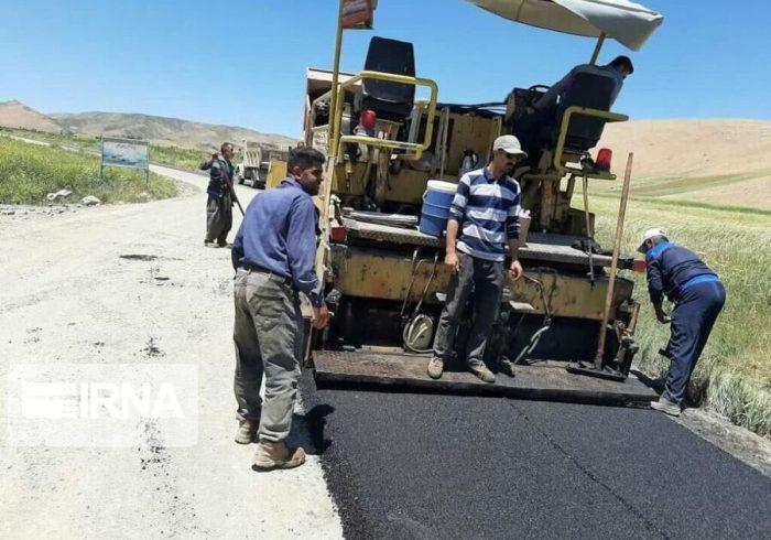 آسفالت محور روستایی سلماس – هفت وان در آذربایجان غربی