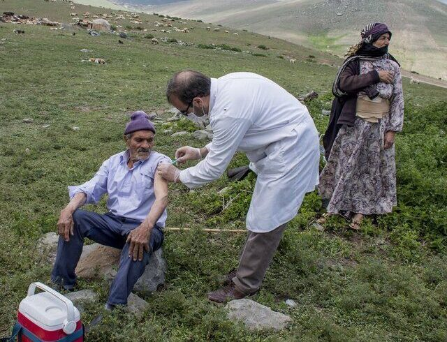 روستاییان خراسان شمالی واکسیناسیون کرونا را جدی بگیرند